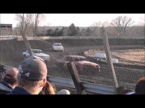 nielsen racing Algona Raceway 4-5-14
