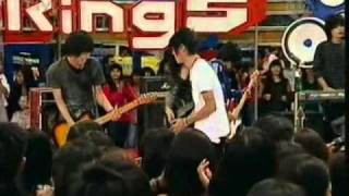 Kangen Band ft Liya The Sign - TERBANG @ derings 21 - 02 - 2011.mp4 MP3