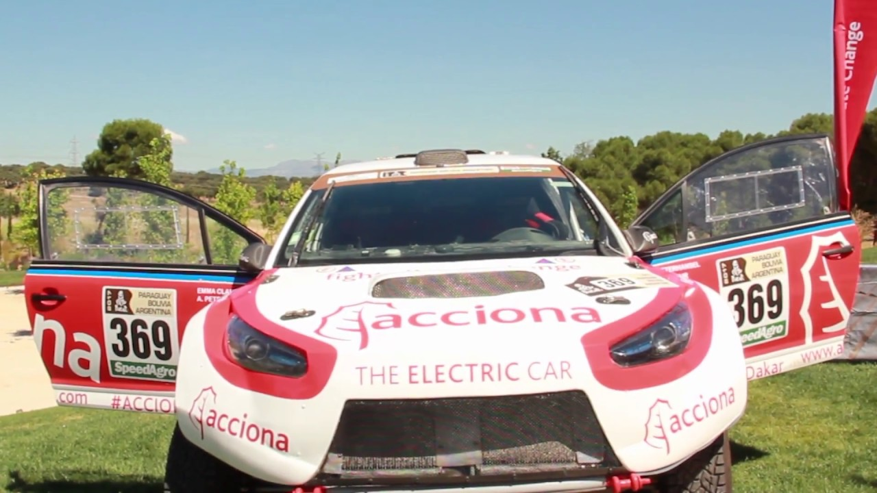 Presentación del ACCIONA 100% Ecopowered en el Rally de la Baja Italia