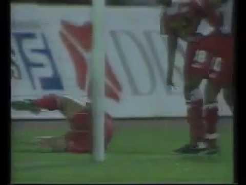 Alistair Edwards Semi Pro League 1993 Singapore vs Brunei Malaysia Cup 360p