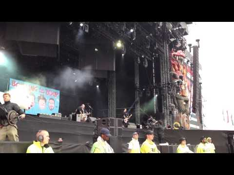BOWLING FOR SOUP  Phineas and Ferb Theme Song  at Download Festival 2014