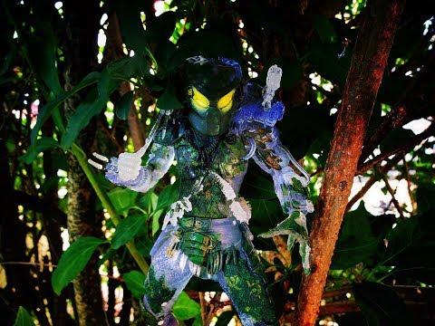 NECA Jungle Demon 30th Anniversary -...