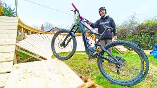 RIDING BACKYARD MTB BERM!!!