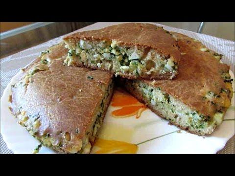 Быстрый пирог на кефире с луком и яйцом