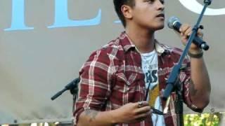 Bruno Mars - Somewhere In Brooklyn (The Grove, Los Angeles) 09-17-10