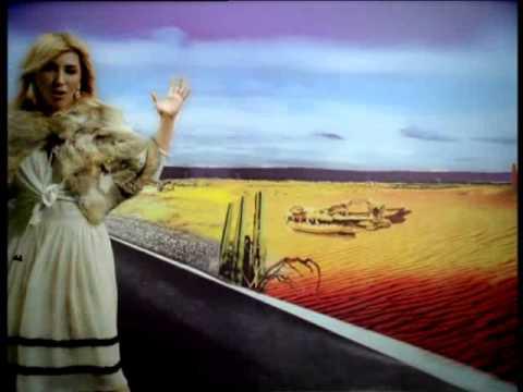 Hande Yener - Acı Veriyor - (Official Video)