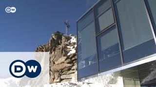 مطعم راق على قمة جبل | يوروماكس