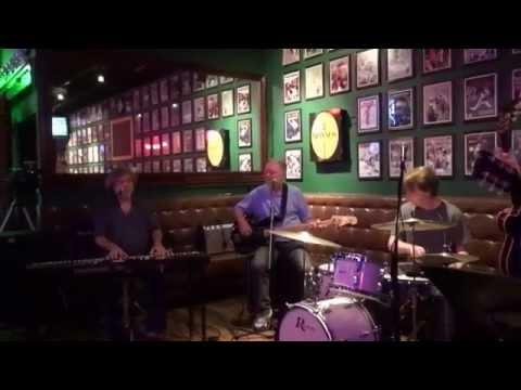 Bottle Of Red Wine - Mike Nugent, Vocals - Green's Irish Pub - 8-5-14