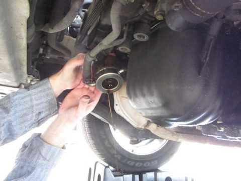 DIY - Fix the oil leak from a Subaru 25L oil cooler o ring - YouTube