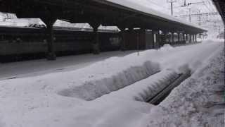 Video SBB Trains in the wintertime at Goeschenen Gotthard-north-tunnel. Part 1 download MP3, 3GP, MP4, WEBM, AVI, FLV September 2018
