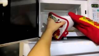 видео Как почистить микроволновку внутри: проверенные способы и средства