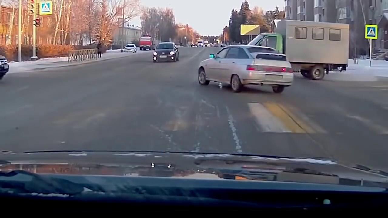 Running In The 90 S Meme Car Crash Youtube