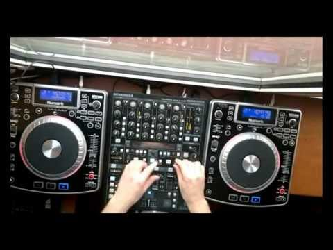 Dj Lary-electro house Live Mix 2012.wmv