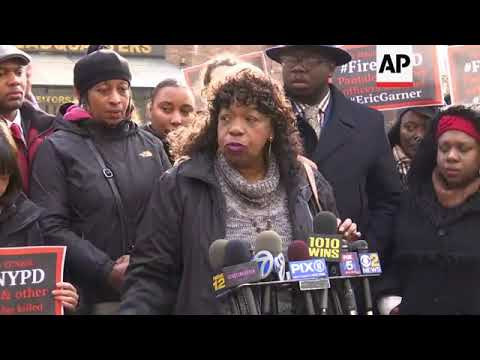 NYPD officer faces May trial in Eric Garner death