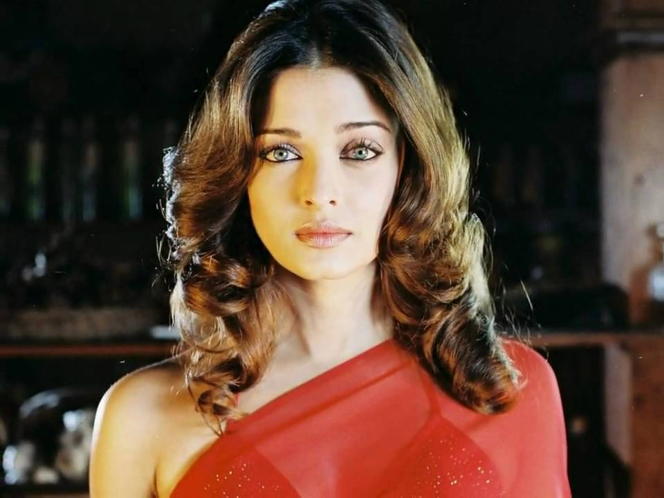 Aishwarya Rai Beautiful - YouTube