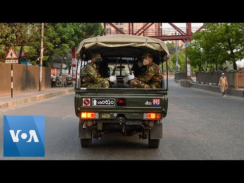 Bangladesh Troops Enforce Lockdown
