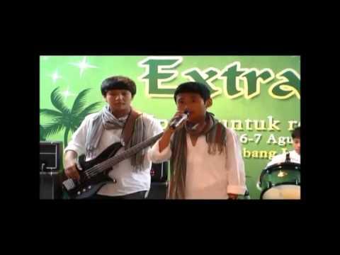 GRADUATE Band - Memeluk-Mu Tuhan (Old Arrangenment Version)