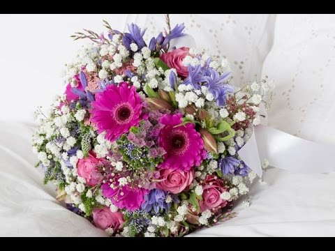 step-by-step-tutorial:-bridesmaid-bouquet-with-gypsophila-xlence™