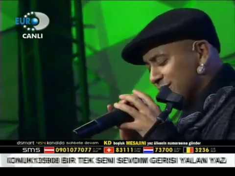 Ahmet Akkaya - Dayanamam (Canlı Performans- Disko Kralı)