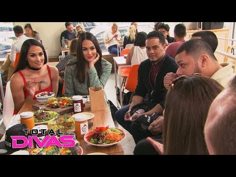 The Bella Twins have lunch with The Bella Army in New Orleans: Total Divas Preview, Sept. 26, 2018