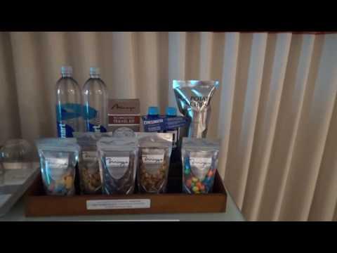 Resort King Room @ The Mirage Hotel & Casino (Walkthrough/first impressions)