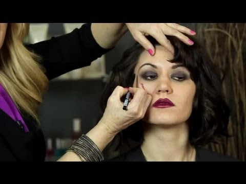 how-to-do-flapper-hair-&-makeup-:-easy-hairstyles-&-makeup