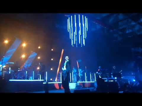 Hurts - Walk away. Desire Tour....