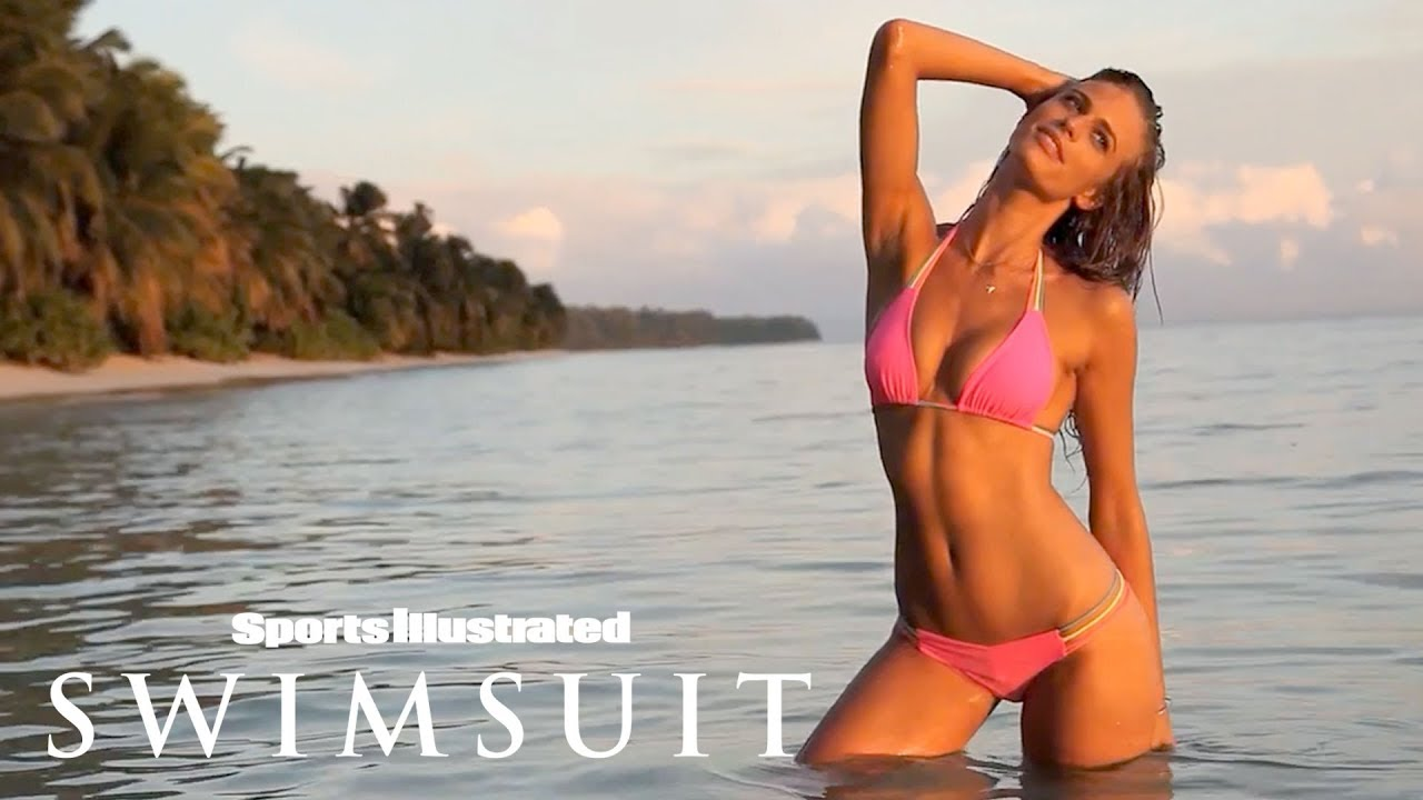 Julie Henderson lädt uns zu sich ins Paradies ein - Uncovered Sports Illustrated Swimsuit