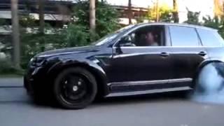 VOITURE 2014 / La puissance du moteur W12 de la VW Touareg
