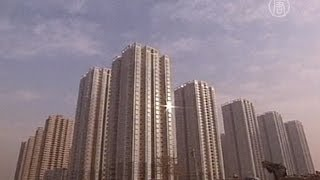 Недвижимость в КНР: кто взвинчивает цены? (новости)(http://www.ntdtv.ru Недвижимость в КНР: кто взвинчивает цены? Цены на недвижимость в Китае вызывают всё больше возму..., 2014-02-25T14:33:29.000Z)