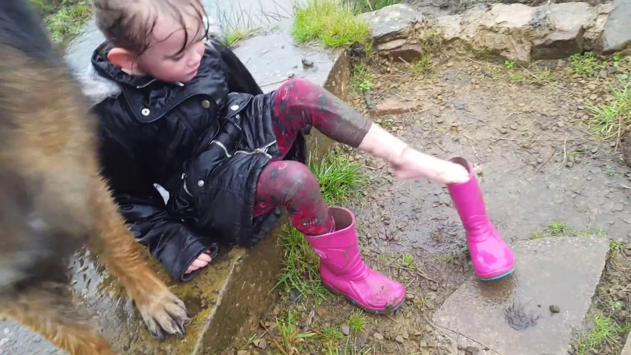 Little Girl Gets Stuck In The Mud - Youtube-6814