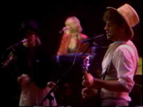 Fleetwood Mac/Lindsey Buckingham ~ Go Your Own Way ~ Live 1982