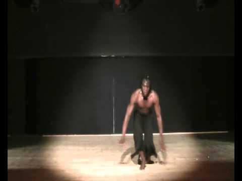 danse afro contemporaine par kouadio Koffi Innocent