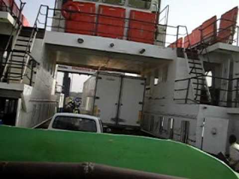 Banjul ferry welcome to Bara g 106.AVI