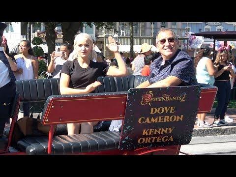 Disney Descendants 2 Pre-Parade at Disneyland w/ Cast: Dove Cameron, Sofia Carson, More