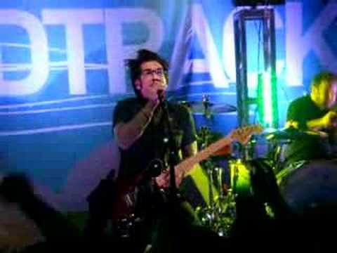 Don't Call It A Comeback Live - Motion City Soundtrack