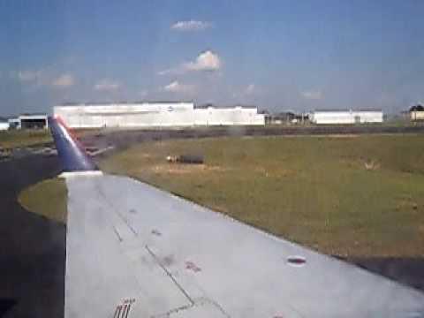 CRJ landing in Columbus