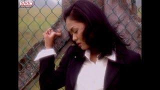 Liza Hanim - Airmata Di Kuala Lumpur (Official Music Video - HD)