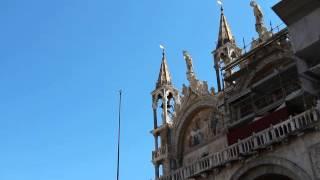 На балконе собора Святого Марка Венеция(Люди на балконе собора Святого Марка Венеция, Италия 2014., 2014-07-04T11:09:42.000Z)