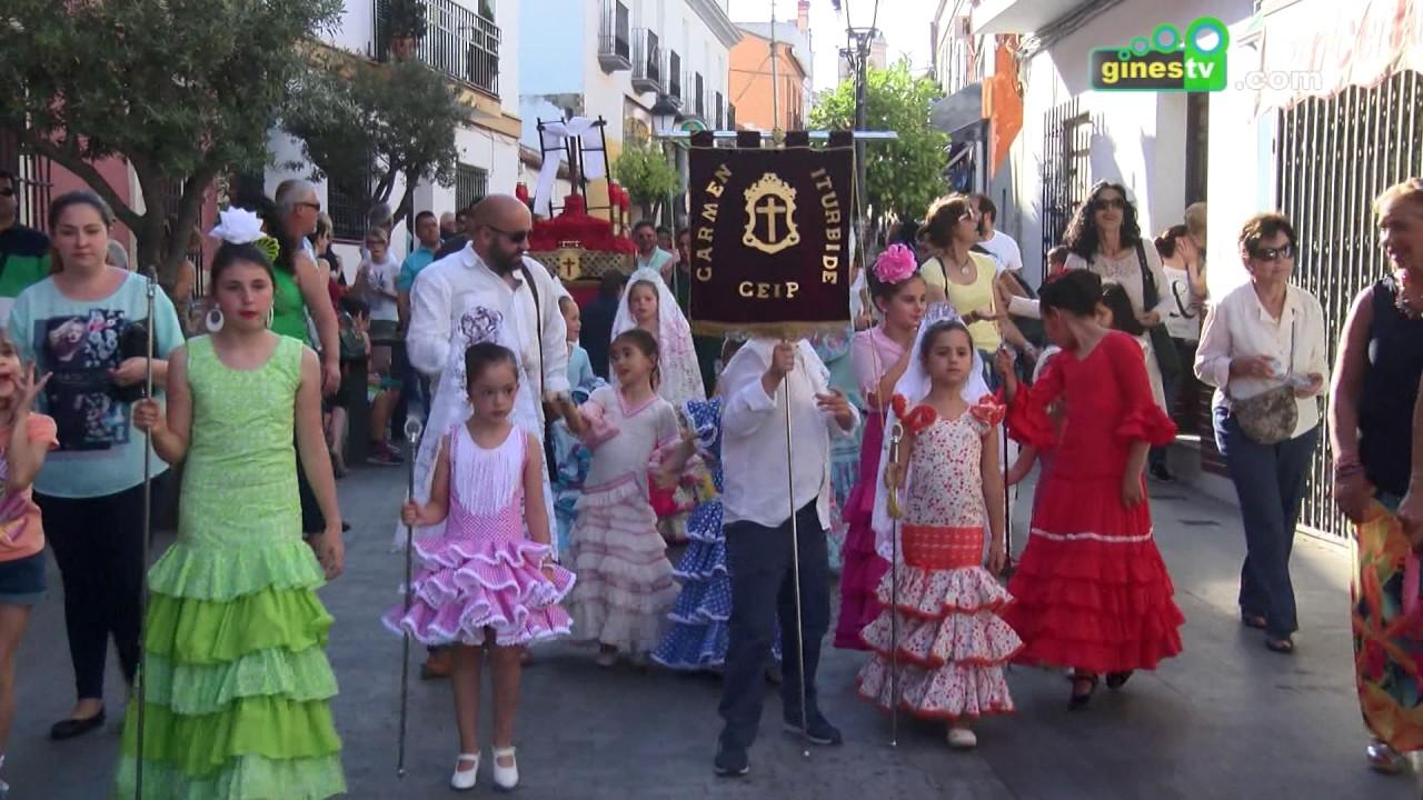 El Concurso Infantil de Cruces de Mayo de Gines terminará en la calle José Luis Caro