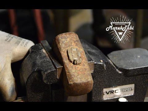 Old Rusty Hammer Restoration