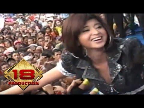 Dewi Persik - Jablay (Live Konser HUT KOSTRAD Ke 46 Malang)