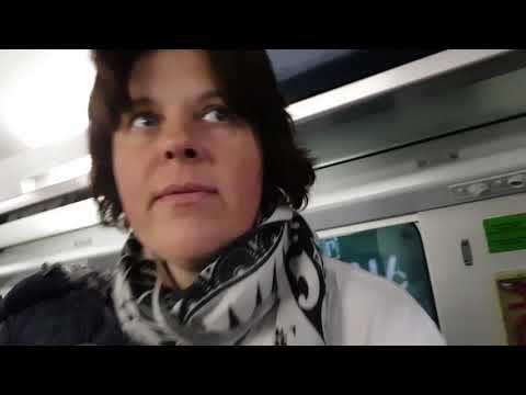 МАМА УЕХАЛА ОБРАТНО В РИМ