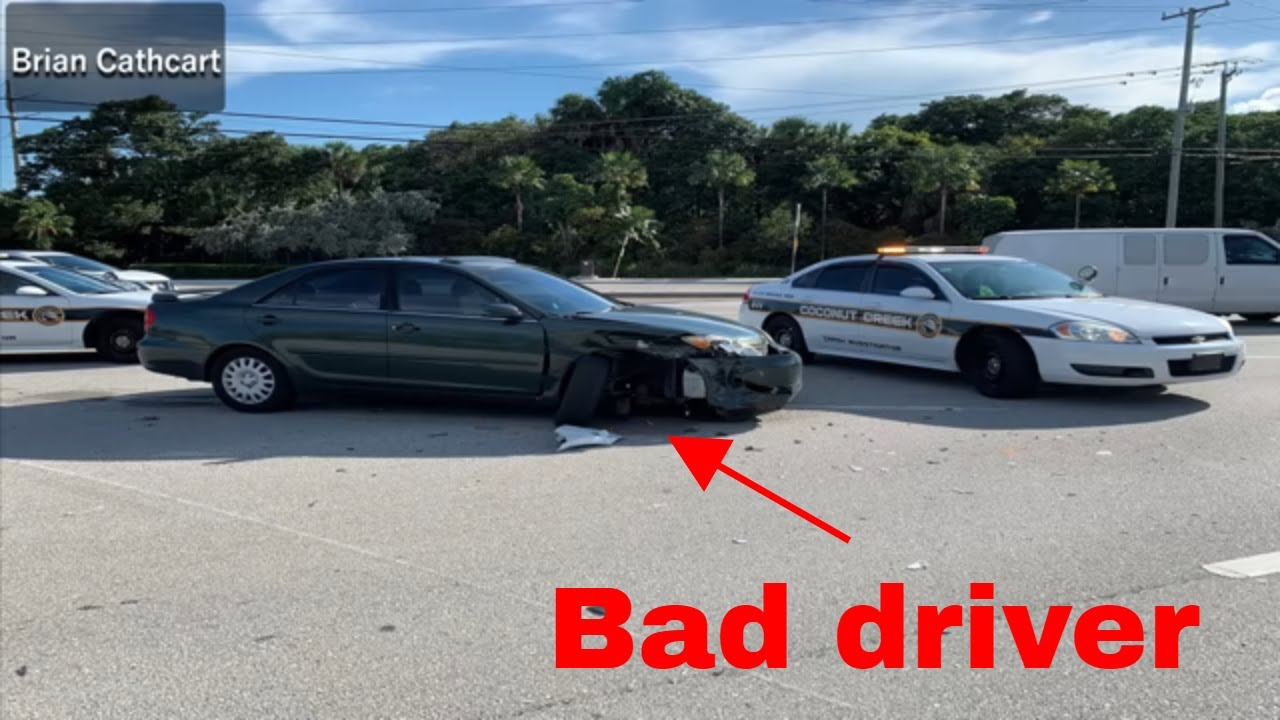 Bad drivers,Driving fails -learn how to drive #142