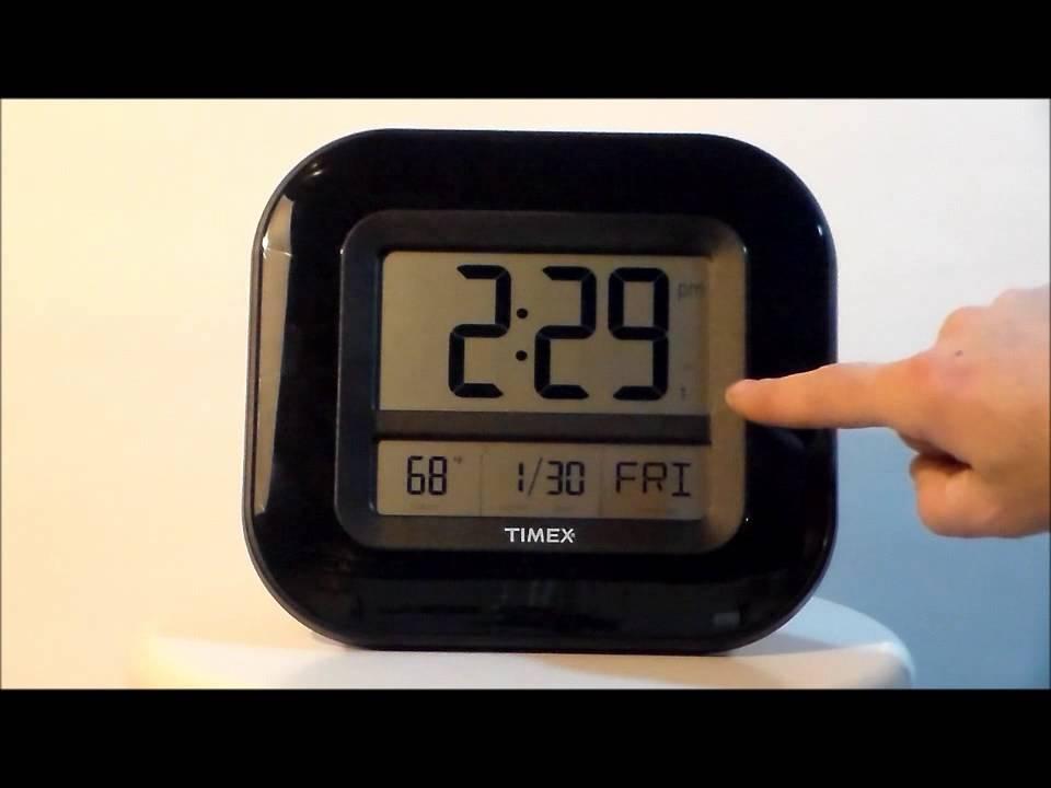Timex 75322t 9 Atomic Digital Time Temp Date Wall Desk Clock You