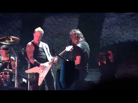 Metallica *FIGHT FIRE WITH FIRE* FULL HD Montreal, QC July 19, 2017