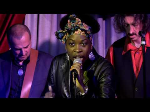 "James & Black - ""Whicha Way to Go"" live at the Friday Night Blues Club - Bologna IT"
