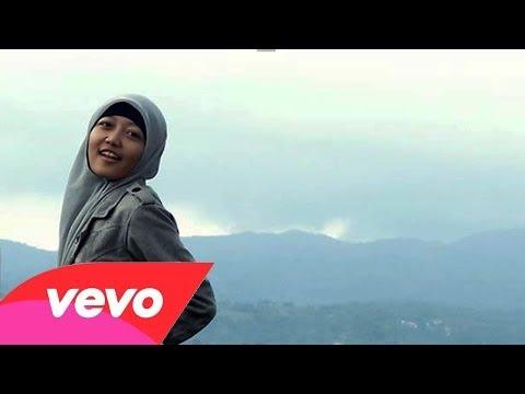Putri Ayunda - Jangan Kau Bohong ( Cover Music Video )