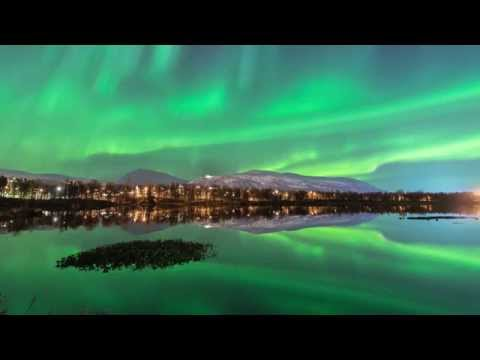 Amazing Trine Rein and northern lights