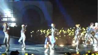 Video [HD Fancam] Fantastic Baby @ Big Bang Alive Tour Singapore 29 September 2012 download MP3, 3GP, MP4, WEBM, AVI, FLV Juli 2018